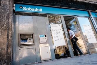 Vés a: Banc Sabadell, condemnat a retornar més d'un milió d'euros a una veïna de Sabadell