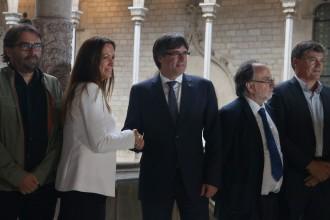 Vés a: Mayor Zaragoza i la Comissió pel Diàleg es mobilitzen per «evitar el precipici»