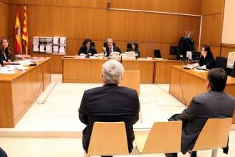 Vés a: La Fiscalia ultima un pacte amb els exdirigents de l'ACM jutjats pel saqueig de l'entitat