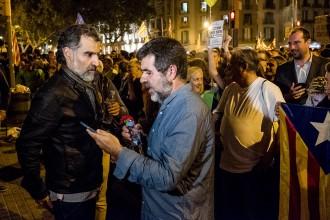 Vés a: Amnistia Internacional reclama l'alliberament «immediat» de Sànchez i Cuixart