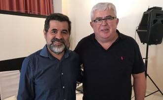 Vés a: Agustí Alcoberro (ANC): «Puigdemont ha de proclamar d'una vegada per totes la República»