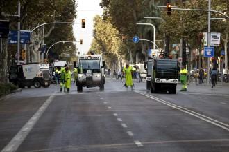 Vés a: Restablerta la circulació al tronc central de l'Avinguda Diagonal de Barcelona