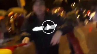 Vés a: VÍDEO Una periodista de RAC1, agredida en una manifestació unionista a Barcelona