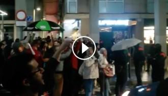 Vés a: VÍDEO Reben Albiol amb una sonora cassolada per reclamar la llibertat del Cuixart i Sànchez