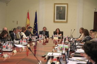 Vés a: L'Estat prepara els seus «homes de negre» per intervenir Catalunya