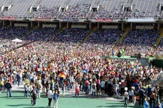 Vés a: Milers de «súpers» disfressats d'insectes omplen l'Anella Olímpica de Montjuïc per salvar el planeta