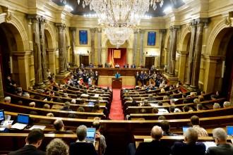 Vés a: El Parlament declara la independència