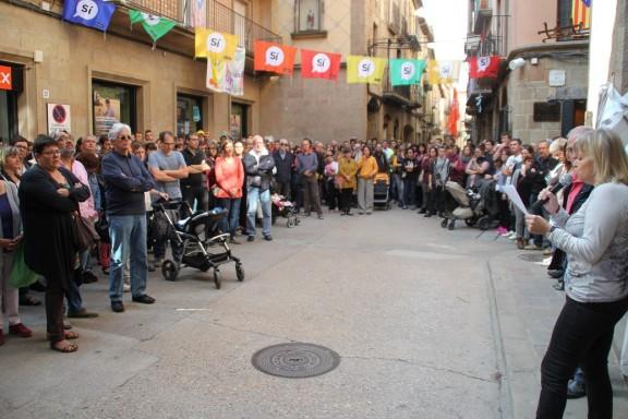 Més de dues-centes persones a Solsona  rebutgen la violència
