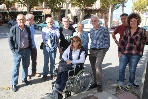 Una desena de solsonins es desplacen a Barcelona a donar suport al Ple del Parlament