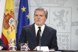 Vés a: Méndez de Vigo farà retirar el recurs per tornar les obres de Sixena a Lleida perquè no en sabia res