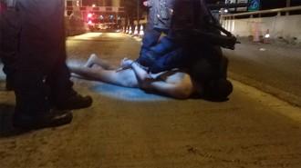 Vés a: Els Mossos disparen un jove a la Jonquera que ha baixat d'un cotxe cridant «Al·là és gran»