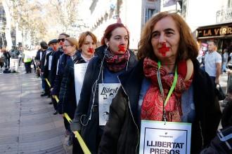 Vés a: Els treballadors públics s'organitzen i alcen la veu contra el 155 i els presos polítics