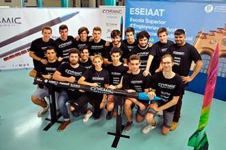 Vés a: VÍDEO Estudiants catalans treballen per ser els primers del món en llançar un coet a l'espai exterior