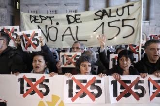 Vés a: Puigdemont, als funcionaris concentrats a Sant Jaume: «Els feu por vosaltres i la vostra dignitat»