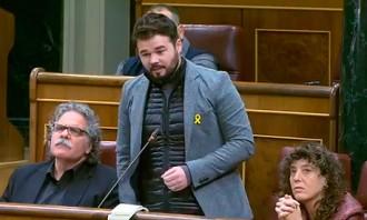 Vés a: Rufián aprofita les «facilitats» del govern espanyol per «denunciar»  Zoido, Albiol i Casado