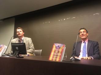 Vés a: Raphael Minder: «El que passa a Catalunya diu molt del que passa a Espanya»