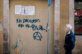 Vés a: Veïns del Raval urgeixen a combatre els narcopisos per evitar el «narcoturisme»