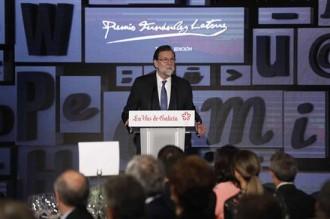 Vés a: Rajoy creu que «la democràcia sortirà enfortida» de la situació política de Catalunya