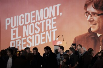 Vés a: JxCat i ERC pacten proposar Puigdemont com a candidat a la Generalitat