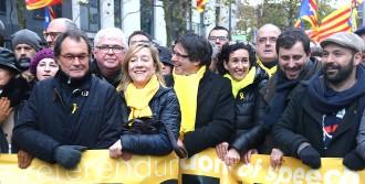 Vés a: La justícia belga arxiva definitivament l'ordre de detenció a Puigdemont