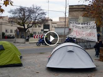 Vés a: VÍDEO La Policia de Sabadell acampa ara a la comissaria per seguir reivindicant millores