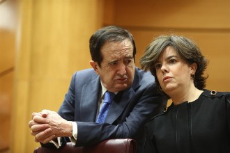 Vés a: Sáenz de Santamaría matisa que qui ha  «escapçat la Generalitat» és el 155