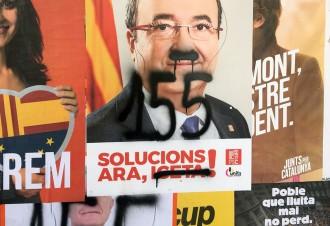Vés a: El PSC denuncia davant la Policia Local de Tortosa les pintades als seus cartells electorals