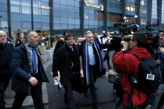 Vés a: El Suprem rebutja activar l'euroordre de detenció de Puigdemont