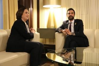 Vés a: Colau urgeix Torrent a garantir una investidura presencial per formar Govern