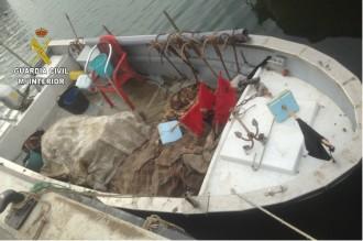 Vés a: La Guàrdia Civil comissa a la Ràpita 93 gànguils destinats a la pesca furtiva