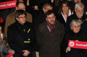 Vés a: Puigdemont avisa l'Estat: «No ens deixarem humiliar»