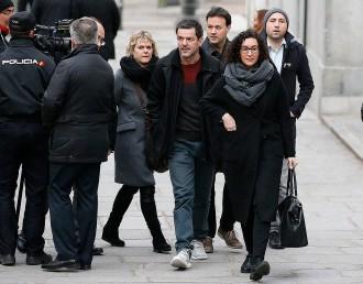 Vés a: La confessió de Marta Rovira sobre la decisió de Puigdemont durant l'1-O