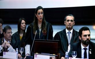 Vés a: El Poder Judicial renya Torrent i titlla la referència als presos de «desqualificació molt greu»