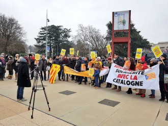 Vés a: Mig centenar de persones es concentren a Ginebra en suport a Anna Gabriel