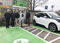 Vés a: Provem el Nissan Leaf : un cotxe elèctric per a tothom
