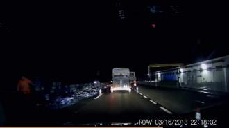 Vés a: Un camió perd la càrrega d'ampolles a la C-17 a Tagamanent