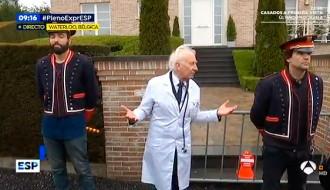 Vés a: VÍDEOS L'«Està passant» de TV3 posa música al circ de Boadella a la casa de Puigdemont a Bèlgica