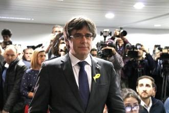 Vés a: El veto del TC impedeix a Puigdemont ser president?