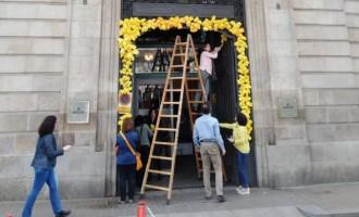 Vés a: FOTOS «Esperit del 155 en liquidació»: els treballadors de Cultura planten cara al govern espanyol