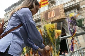 Vés a: El 155 devora la litúrgia institucional de Sant Jordi