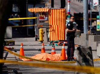 Vés a: Almenys deu morts i una quinzena de ferits en un atropellament a Toronto