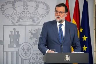 Vés a: Rajoy amenaça amb mantenir el 155