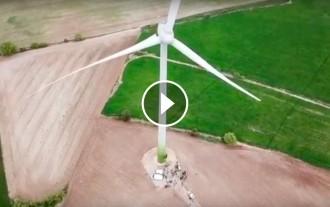 Vés a: VÍDEO La inauguració del primer projecte eòlic comunitari del país