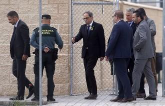 Vés a: Torra visita els presos polítics a Estremera