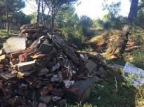 Vés a: Una veïna de la urbanització Can Coll de Sant Celoni sancionada per abocament de voluminosos