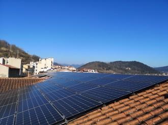 Vés a: Bassols Energia posa en marxa una instal·lació fotovoltaica d'autoconsum a Olot