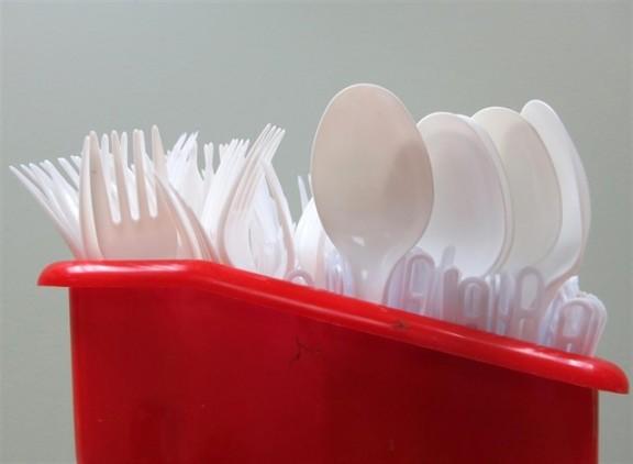 Vés a: Punt final als plàstics d'un sol ús a partir del 2021