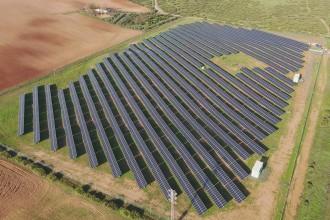 Vés a: La fotovoltaica estén la pressió de les renovables de les carenes a la plana