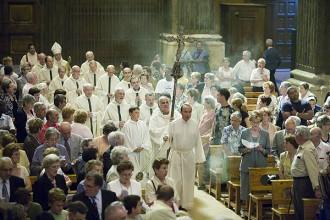 Un 20% de catalans es declaren ateus i un 65%, catòlics sense ser missaires