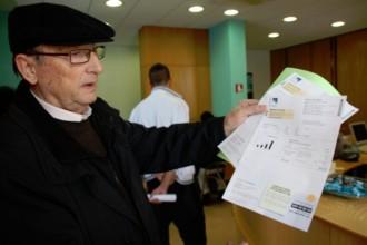 Centenars de gironins, als ajuntaments per reclamar compensacions a Fecsa-Endesa